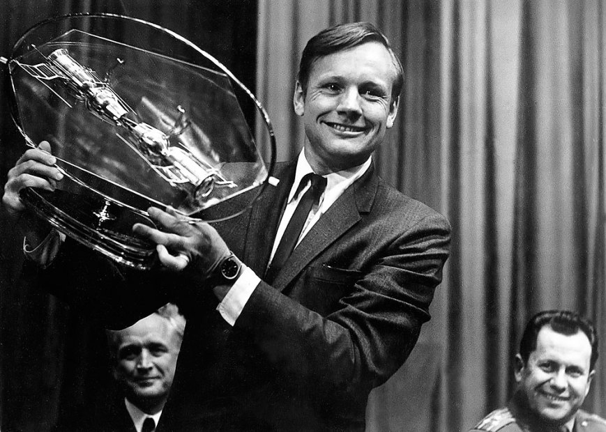 neil-armstrong-CTC-YG_moscu-1970